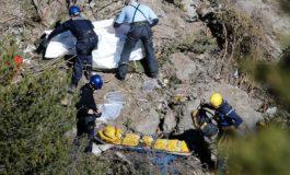VOLO 9525: LA PORTA DELLA CABINA DI PILOTAGGIO ERA BLOCCATA DAL SISTEMA HELLADS
