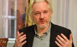Wikileaks, Assange replica alla Cia: avete creato Al Qaeda e Isis