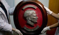 Scoperta in Argentina la collezione segreta di cimeli di Hitler