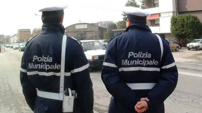 Ad Alessandria alla vigilia del ballottaggio si rimborsano le multe, della serie: Che s'ha da fa' pe' campa'!