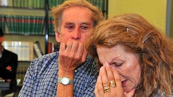 """La Cassazione ridà la figlia ai genitori-nonni di Casale: """"La legge non prevede limiti d'età"""""""
