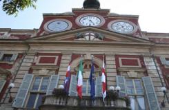 La giunta di centrodestra, in forza d'un programma di ordinaria amministrazione, ha ufficialmente affidato Alessandria ai dirigenti