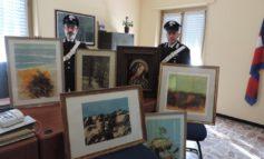 Mercante d'arte metteva in vendita sul suo sito opere d'arte senza pagarle ai clienti che gliele avevano affidate in conto vendita