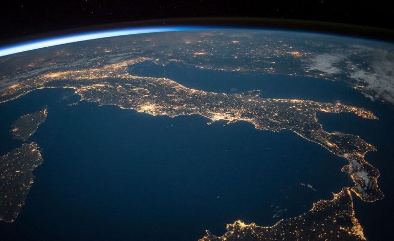 Avrà ragione chi non fu mai stanco e non sarà mai stanco: Viva l'Italia!