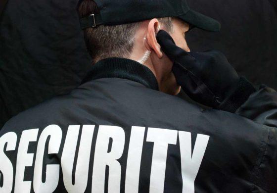 Agenzia forniva addetti alla sicurezza senza autorizzazioni della prefettura e senza essere in regola coi contratti di lavoro