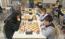 L'Istituto Comprensivo De Amicis-Manzoni di Alessandria accede ai Campionati Regionali Studenteschi di Scacchi