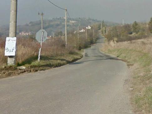 Uomo di 58 anni esce di strada con la moto e perde la vita