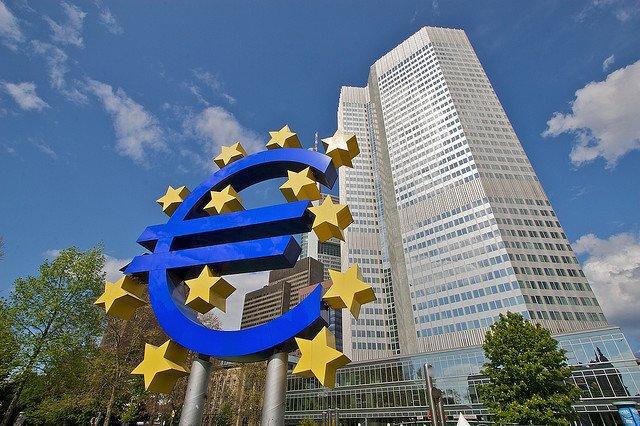 La Bce annuncia la fine del piano Draghi entro dicembre: per Lega e M5S un avvertimento da non sottovalutare