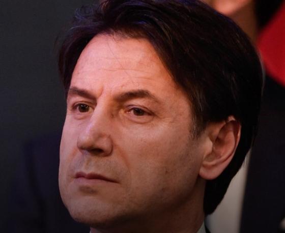 Dopo le gravi offese di Macron all'Italia salta l'incontro di Parigi?