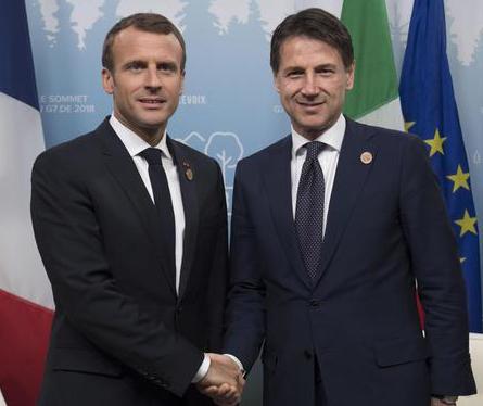"""Macron fa dietrofront: """"Mai voluto offendere"""" e Conte può andare a Parigi, evitato grave incidente diplomatico"""