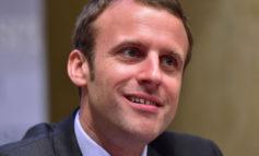 """Macron: il galletto """"memoria corta e lingua lunga"""""""