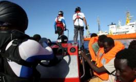 """Migranti: Aquarius bloccata, Sanchez dice: """"Venite da noi""""; Salvini: """"Alzare la voce paga"""""""