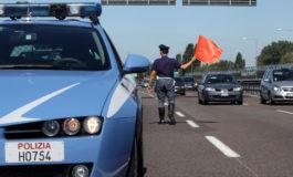Motociclista tedesco finisce contro il guard rail: è grave all'ospedale di Alessandria