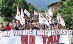 Un migliaio di No Tav in marcia verso il cantiere