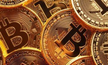 Tonfo Bitcoin e criptovalute: bruciati 23 miliardi di dollari in un giorno