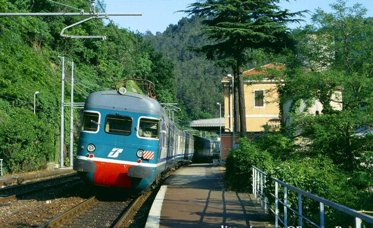Mix di treni e corriere per andare da Acqui Terme a Genova
