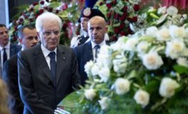 Crollo ponte di Genova: abusivi e sacerdoti hanno celebrato funerali di Stato per le sue vittime