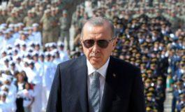 Turchia, la banca centrale non ascolta Erdogan e alza i tassi di interesse al 24%