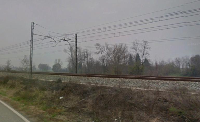 Donna di Spinetta Marengo si toglie la vita gettandosi sotto un treno