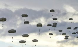 Paracadutista di Voghera vittima di un lancio difettoso: è grave all'ospedale
