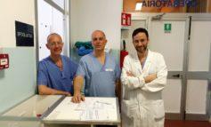 Dopo la morte della neonata, due medici e due ostetriche finiscono nel registro degli indagati
