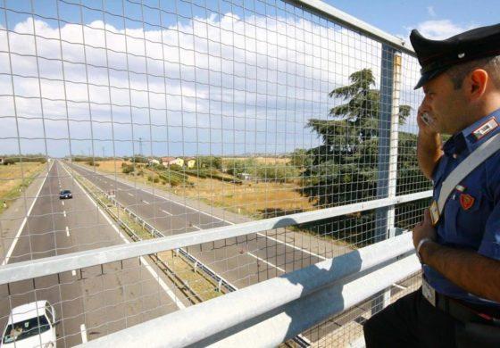 Ridotto il traffico sul viadotto di Tortona che perde i pezzi