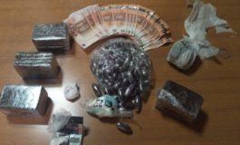 Un etto di bamba e tre chili di hashish nell'appartamento di un marocchino