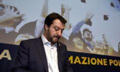 """Salvini a Berlusconi: """"Io non mollo"""""""