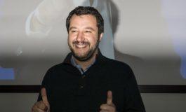 Salvini ha promesso di resistere a Bruxelles e ha chiesto di rispettare gli italiani
