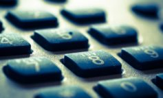 Bollette telefoniche a 28 giorni: multa da 2,4 milioni a Tim e Wind Tre