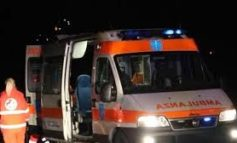 Giovane donna esce di strada con l'auto: è grave all'ospedale