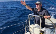 Moncalvo: Maroni sparisce in barca senza spiegare dove sono finiti i soldi della Lega durante la sua segreteria