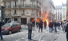 Esplosione a Parigi, tre italiani tra i feriti