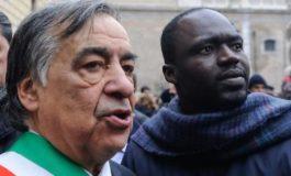 Il sindaco di Palermo Leoluca Orlando Cascio sfida lo Stato Italiano e le sue leggi