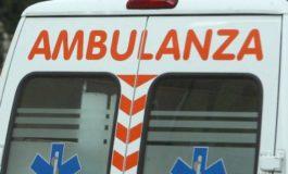 Cede il cric, cinquantanovenne muore schiacciato dalla sua auto che stava aggiustando