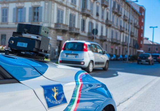 """In giro con un'auto già fermata perché senza assicurazione: multa salata per un acquese """"pizzicato"""" dalla Polizia grazie allo Street Control"""