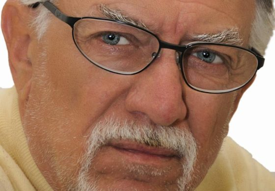 È morto Enrico Riccardi: con Luigi Albertelli ha lasciato il segno nella storia della musica italiana