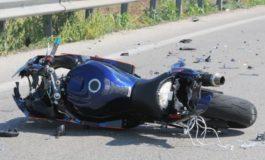 Tre incidenti stradali causati da motociclisti: un morto e tre feriti