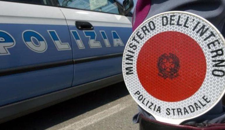 Controlli sulle strade nello scorso fine settimana: sei patenti ritirate e quattro denunce da parte della Polstrada