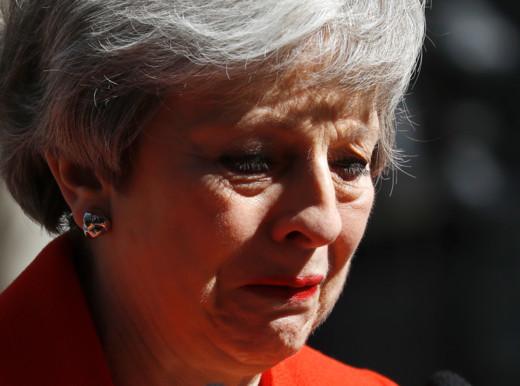 Theresa May ha gettato la spugna