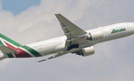 Apprensione a Casale per un aereo dell'Alitalia che ha sorvolato più volte la città per circa mezz'ora