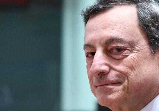 Berlusconi starebbe lavorando ad un fronte anti-Lega con un'alleanza tra Forza Italia, Pd, Draghi e M5s