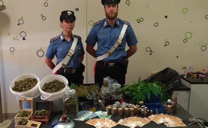Sequestrati tre chili di droga: smascherati e arrestati due fratelli nell'acquese