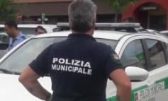 Paga la polizza on line ma l'auto non risultava assicurata: Municipale di Serravalle scopre la truffa