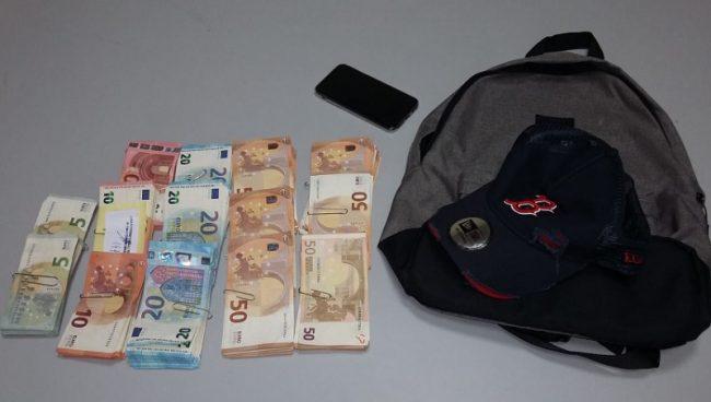 Rapina banca a Tronzano e poi va subito a fare shopping ma è scovato e arrestato
