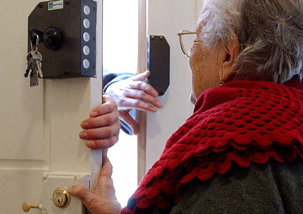 Nell'astigiano anziani vittime di falsi addetti del gas a San Damiano e Costigliole