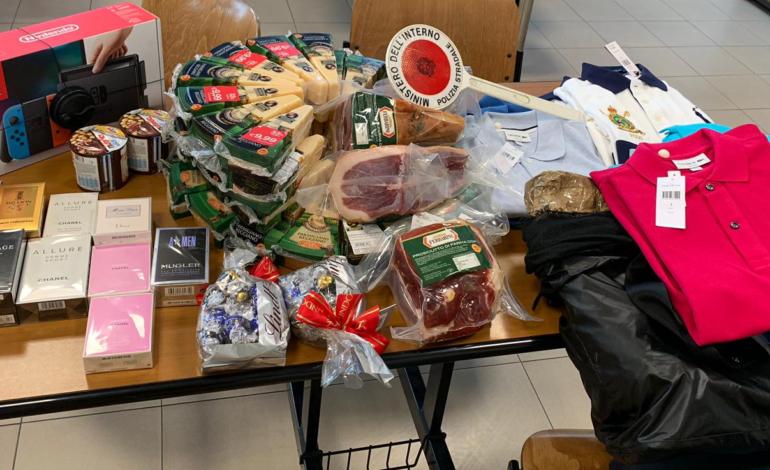 """Da Reggio Emilia per fare """"shopping facile"""" tra autogrill e l'Outlet di Serravalle: la Polizia Stradale di Alessandria cattura due ladri seriali"""