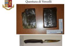 Due etti di hashish negli slip: in manette a Vercelli spacciatore biellese