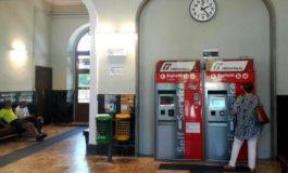 Chiusura biglietteria di Ovada: è guerra aperta tra Trenitalia e i sindaci, nessuno vuole cedere