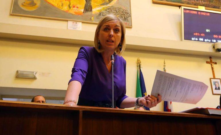 Debiti a bilancio: la giunta di Alessandria ha paura di annegare in un bicchier d'acqua